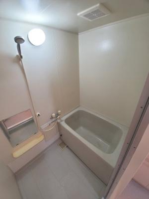 【浴室】サンベリー・リュウ