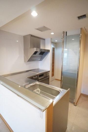 【キッチン】恵比寿ガーデンテラス壱番館