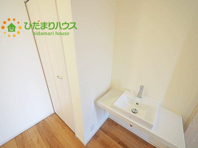 玄関に手洗い場完備!!