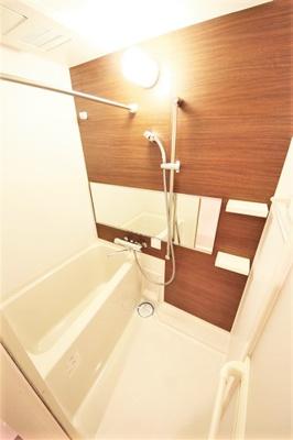 【浴室】レオンコンフォート難波ブラン