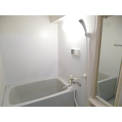 【浴室】ガーデンヴィラクレセント