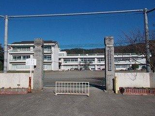 小田小学校まで400m