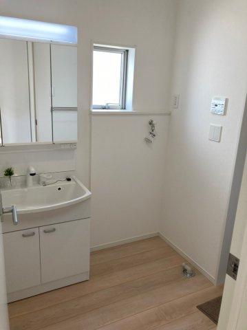【独立洗面台】クレイドルガーデン南区柳河内第4 4号棟4LDKオール電化住宅