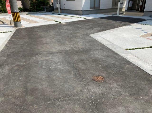 【前面道路含む現地写真】クレイドルガーデン南区柳河内第4 4号棟4LDKオール電化住宅