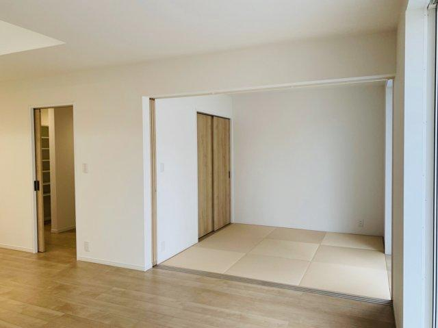 4.5帖の和室です! 淡い色の畳の雰囲気がいいですね♪ もちろん収納付きです♪♪♪