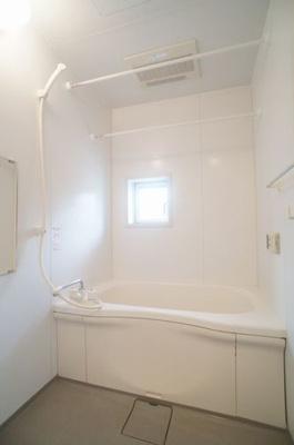 【浴室】ヴェルドミールB シャーメゾン
