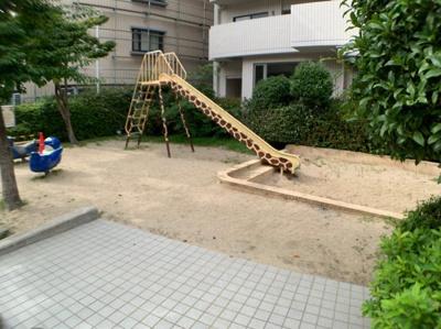 麒麟の滑り台♪
