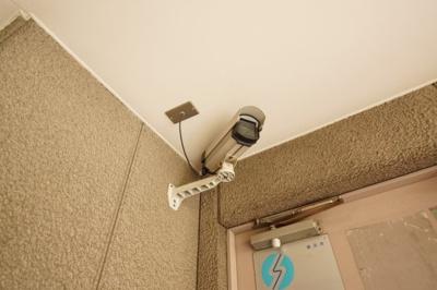 共用部分には安心の防犯カメラ付きです