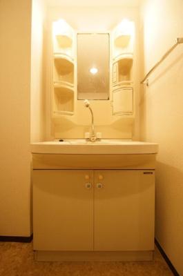 独立洗面化粧台です