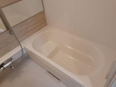 【浴室】モンテリッチレジデンス甲府