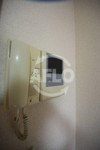 おおきに千日前幸町サニーアパートメント テレビ付きセキュリティ