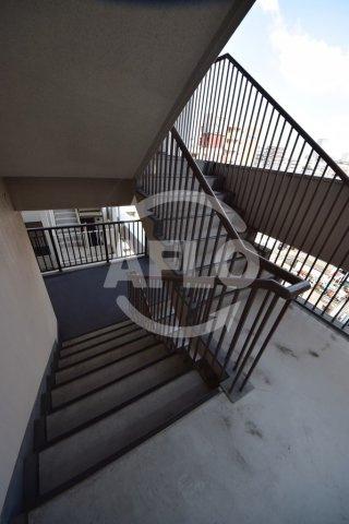 おおきに千日前幸町サニーアパートメント 共用階段