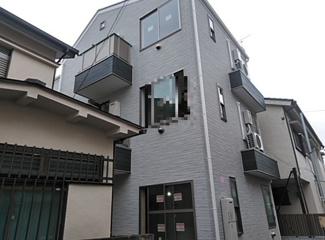 京浜急行線「大森町」駅より徒歩6分のアパートです