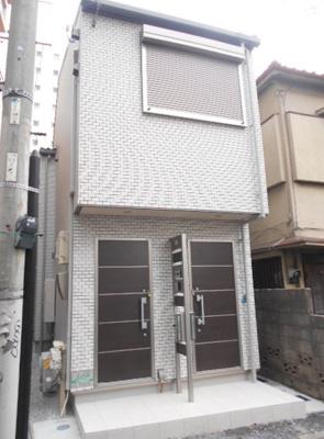 京浜急行線「平和島」駅より徒歩4分の駅近アパートです