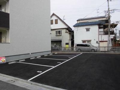 【駐車場】フォーリーブス33 B棟