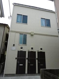 京急本線「糀谷駅」徒歩8分のアパートです。