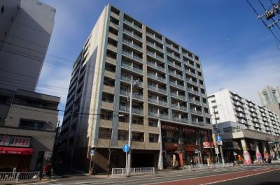 日ノ出町駅からも歩いて行けるマンションです。
