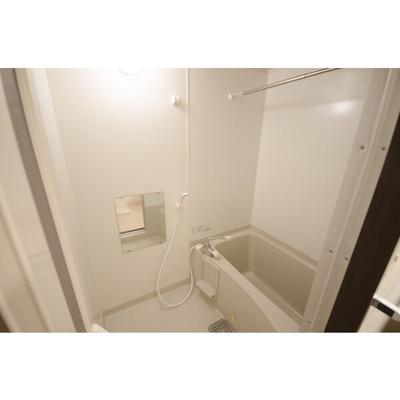 【浴室】モエ・リングストーン