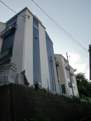 「井土ヶ谷駅徒歩9分です」