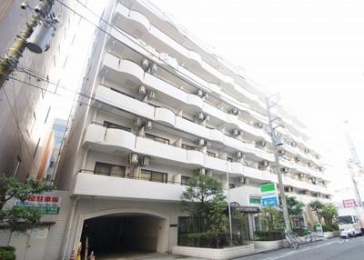 JR京浜東北線「川崎」駅より徒歩7分のマンションです。
