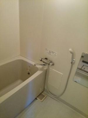【浴室】クライフ町前 A