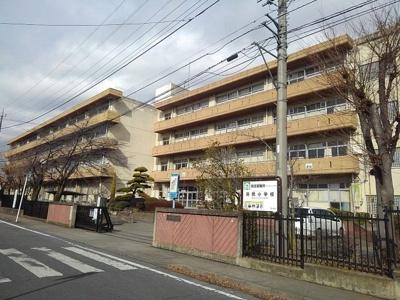 市立浜尻小学校まで110m