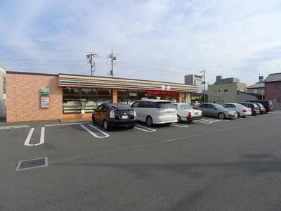 セブンイレブン 太田新井町店まで1300m
