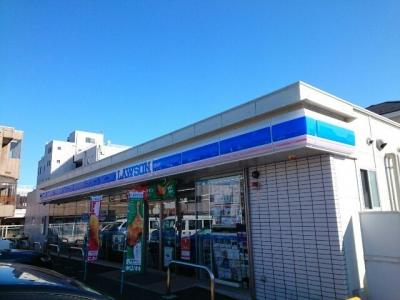 ローソン片岡町一丁目店まで270m