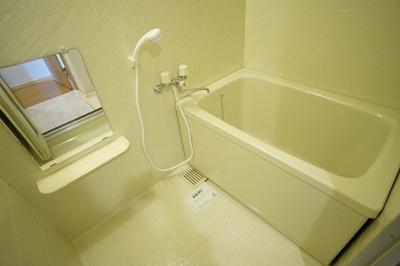 【浴室】パピュラハウスB