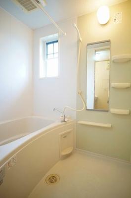 【浴室】アザレアⅡ