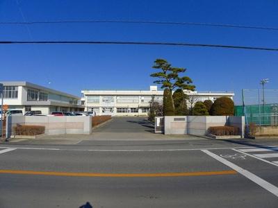 明和中学校まで1100m