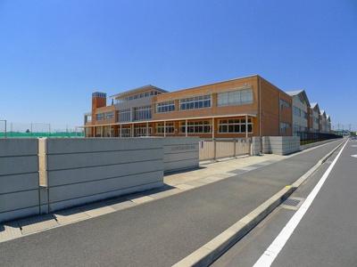 太田市立鳥之郷小学校まで560m