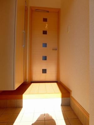 【玄関】プリムローズ