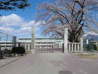 時沢小学校まで400m