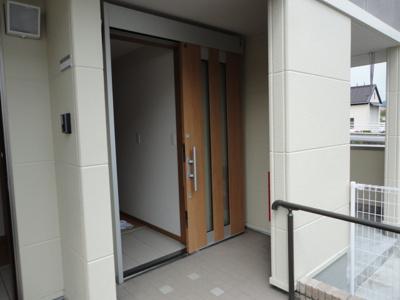玄関スライドドア