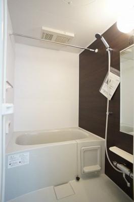 【浴室】ヴィラーリエージュA