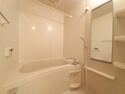 【浴室】フィオーレ・アロッジオⅠ