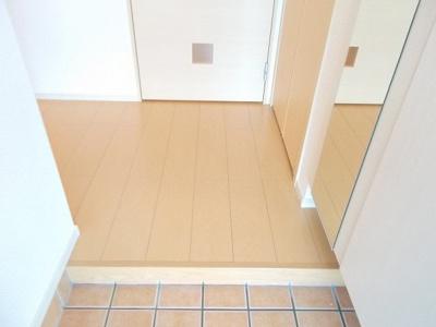 【玄関】カーサ・ブローテⅢ