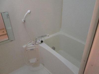【浴室】ヴィラフルールB