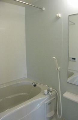 【浴室】ルミナスローズ