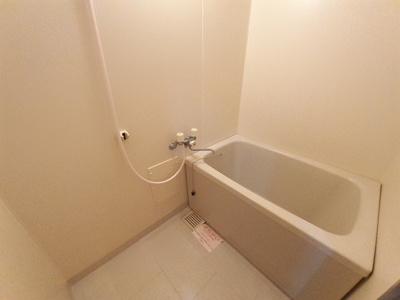 【浴室】ニューマリッチイシカワ弐号館