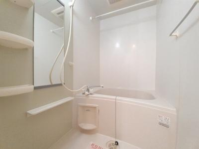 【浴室】パンシオン C