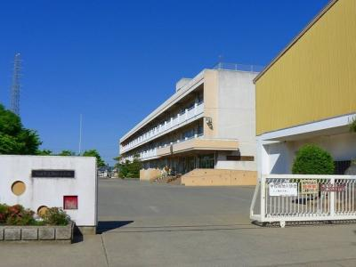 太田市立駒形小学校まで500m
