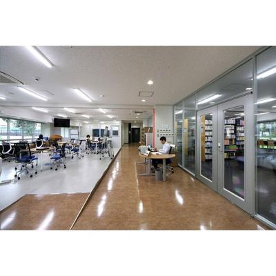 図書館「東京医科大学図書館まで750m」