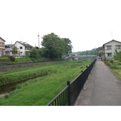 公園「大沢緑地まで841m」