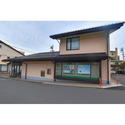 銀行「八十二銀行浅間温泉支店まで1066m」