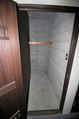 トランクルーム(1住戸1区画利用可 使用料不要)です。