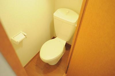 独立トイレでゆったり空間