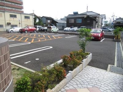 【駐車場】フェリス