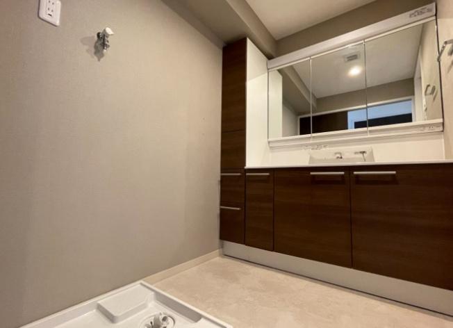 【独立洗面台】サントゥール中川9の4号棟